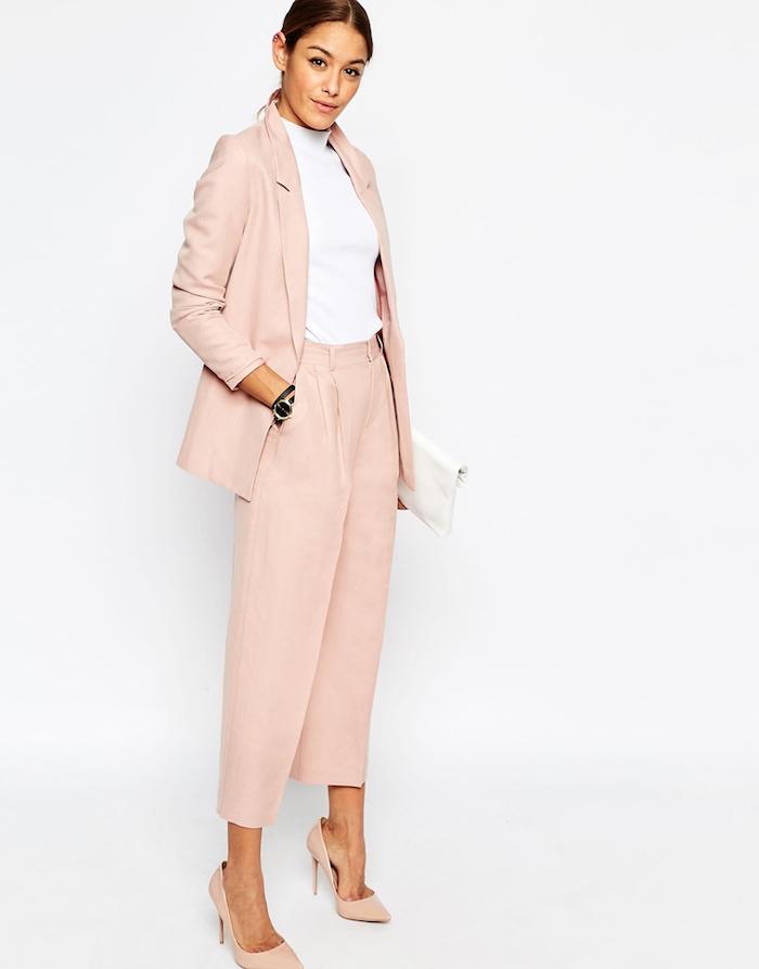 Chic tenue bapteme femme hiver femme habillement chic style féminine tailleur rose chemise blanche