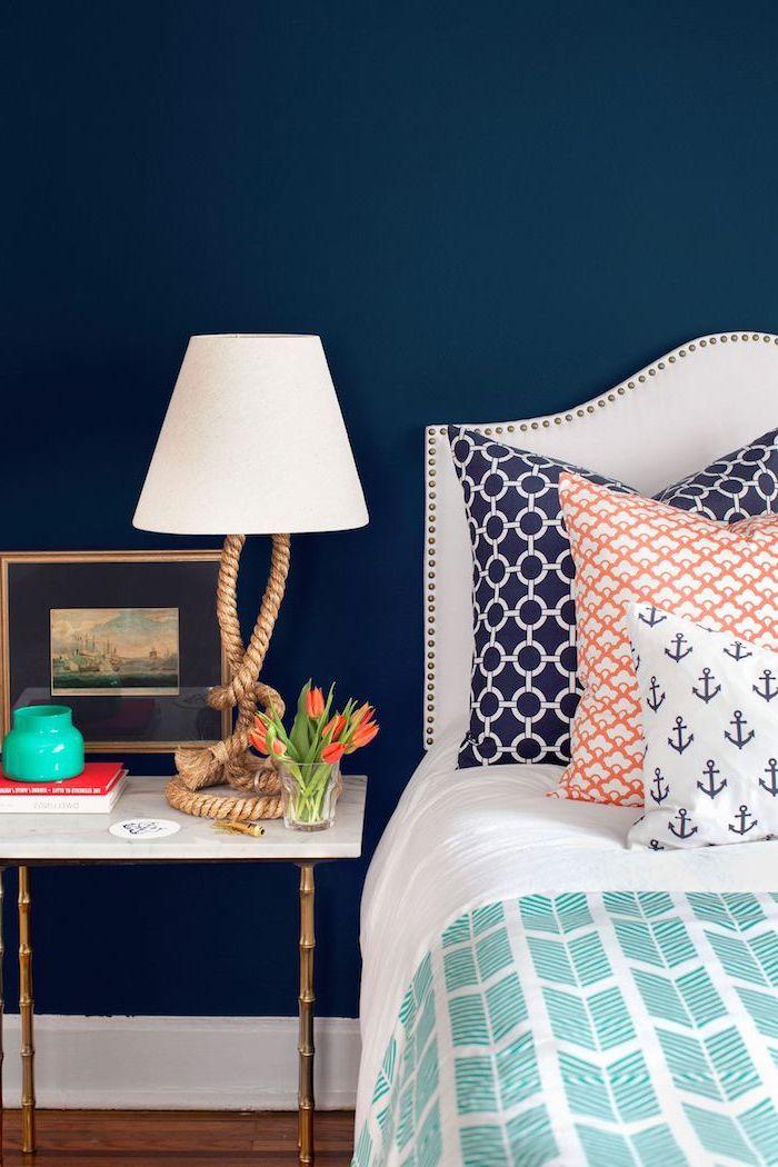 Comment associer le bleu foncé chambre à coucher quelle couleur choisir pour la chambre à coucher moderne style marine