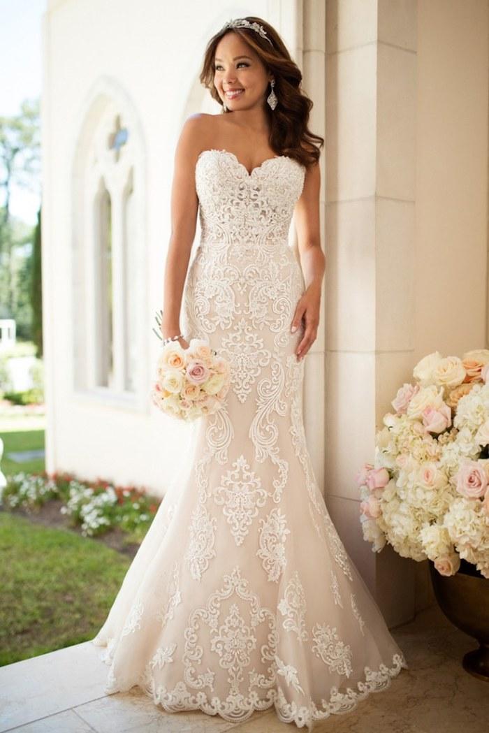 Robe de mariée 2018 robe dentelle mariage luxueuse robe de mariage magnifique bustier coeur robe sirene