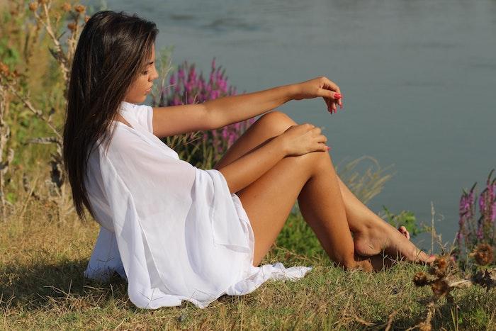 Magnifique robe fendue tenue boheme chic robe blanche dentelle boheme robe transparente blanche tenue de plage