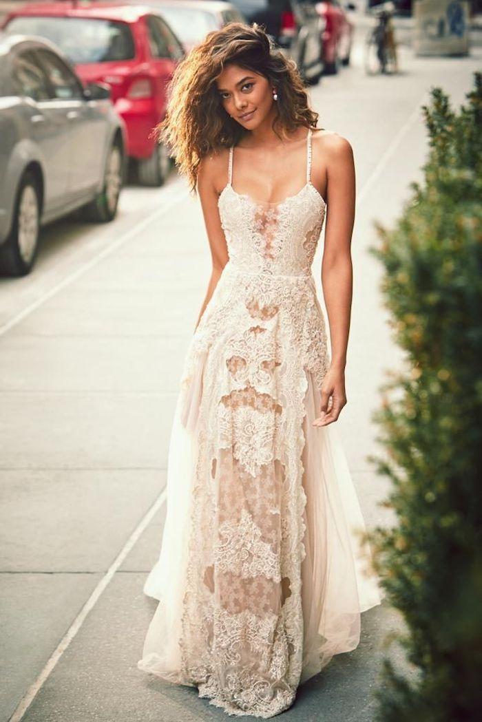 Idée tenue boheme robe blanche femme robe longue boheme chic robe dentelle longue robe boheme debardeur