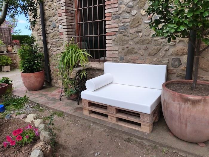 1001 id es pour cr er un beau salon de jardin en palette. Black Bedroom Furniture Sets. Home Design Ideas