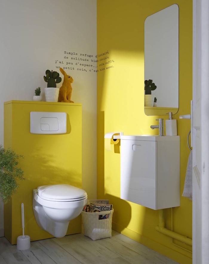 idee décorer ses toilettes de façon originale couleur jaune et blanc