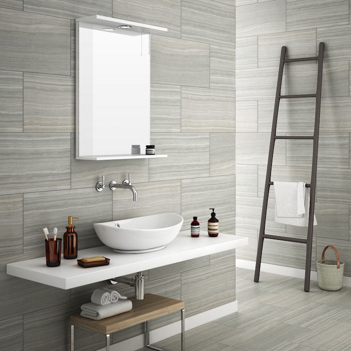 carrelage gris marbre mural et sol pour salle de bain classique moderne