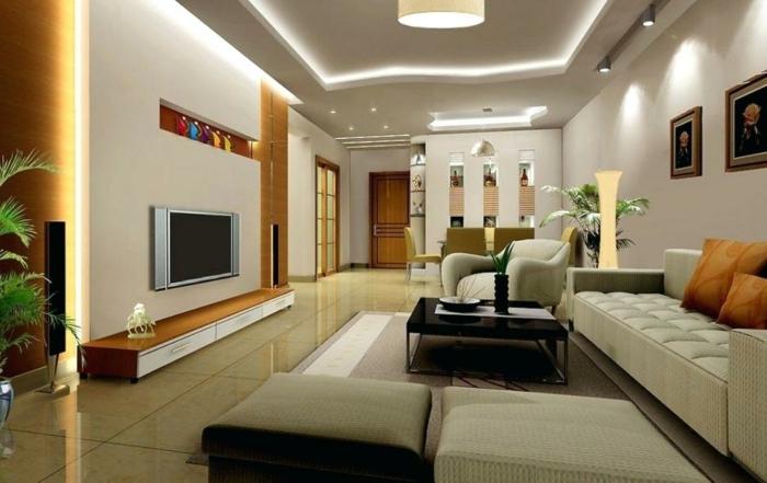 sofa blanc, decoratin salon peinture élégante, table basse noire, plafond suspendu, tv murale suspendue