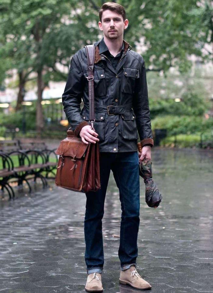 chukkas homme beige clair en cuir suede avec jean pour tenue casual
