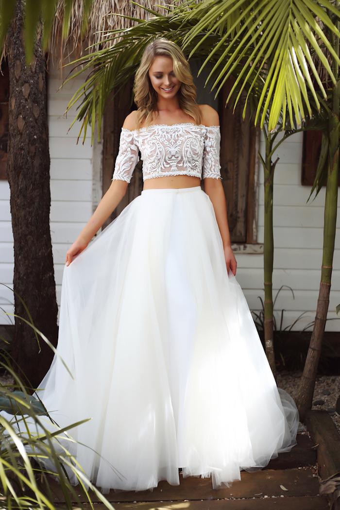 Les plus belles robes de mariée les meilleures robes de mariage femme stylée robe chic moderne en deux pièces