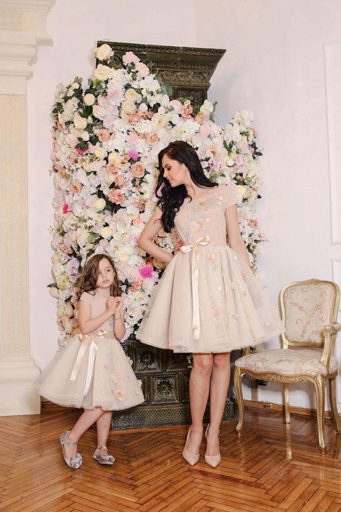 Robes habillées robes soirée tenue baptême femme s habiller bien tenue enfant et maman porter la meme robe que sa fille
