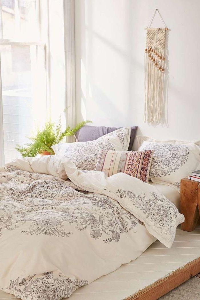 Decoration chambre à coucher adulte moderne déco simple idée parfait housse de couette belle en blanc