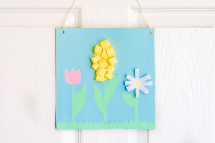 tutoriel origami fleur facile pour enfant, comment créer une carte de voeux pour fête des mères avec fleurs origami