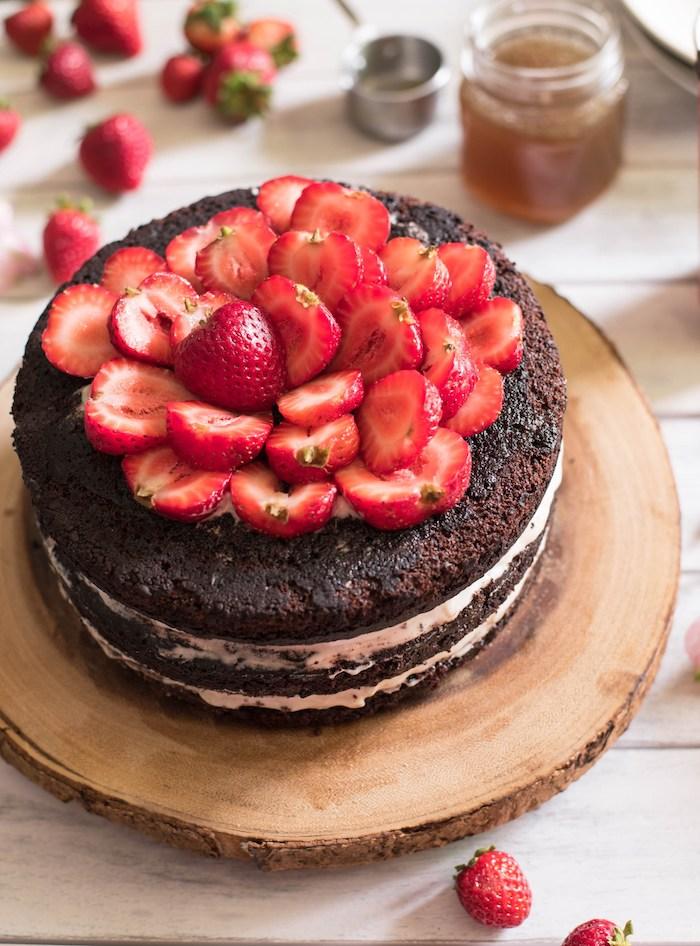 Gateau chocolat thermomix anniversaire gateau anniversaire chocolat et fraises magnifique simple gateau