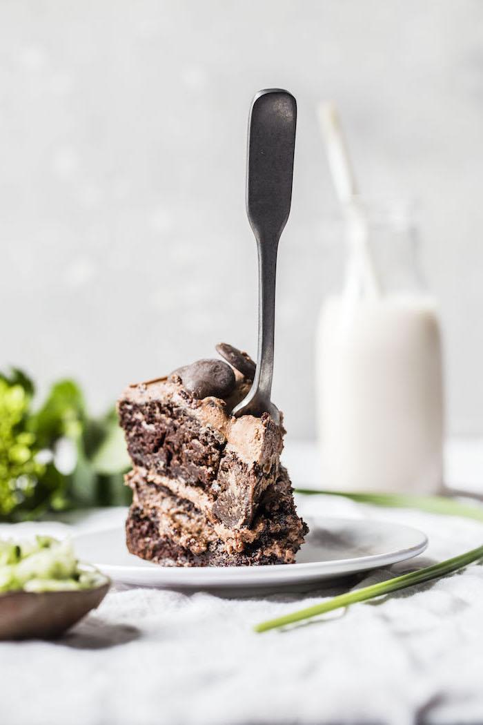 Gateau d'anniversaire garçon preparer un gateau fondant chocolat magnifique morceau gourmand