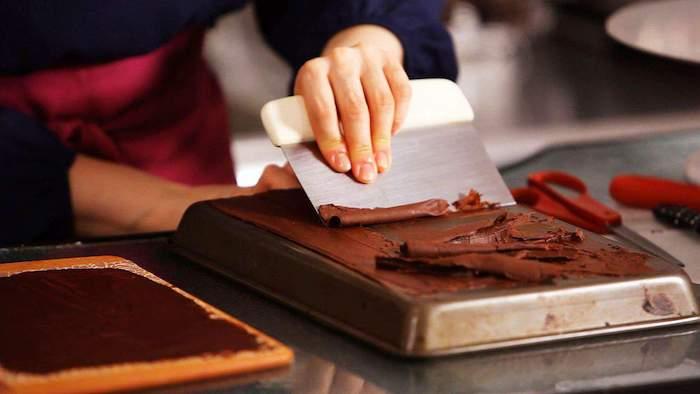 La recette moelleux au chocolat facile gateau leger au chocolat facile comment faire des décorations de chocolat
