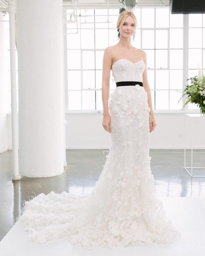 Mariage photo robe de mariée chic idée robe de mariage chic et romantique femme habillée