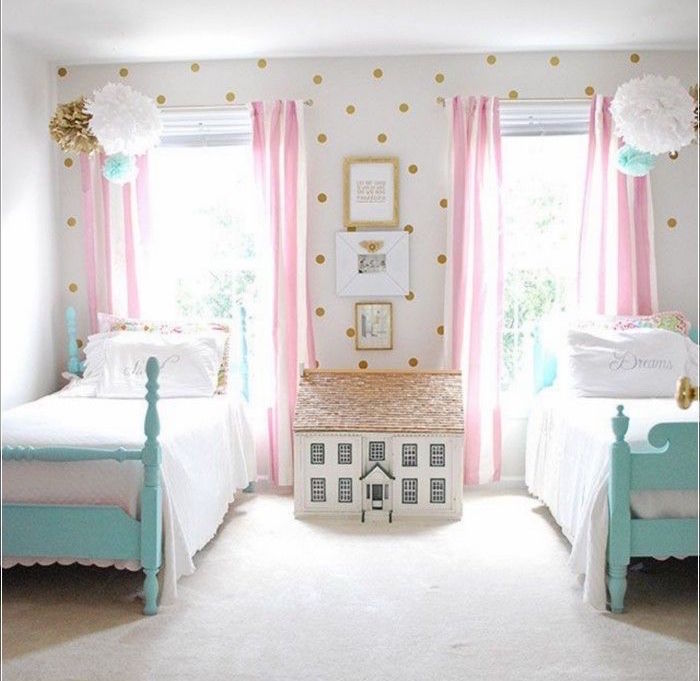1001 id es chambre petite fille dans le domaine de sa majest. Black Bedroom Furniture Sets. Home Design Ideas