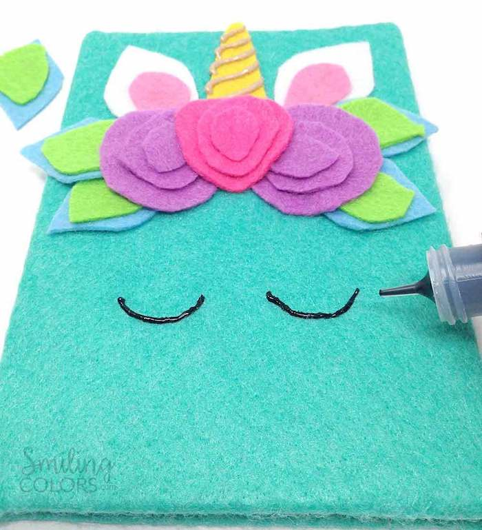 Apprendre artisinat activité manuelle facile et rapide activités manuelles etre habile couverture de cahier licorne