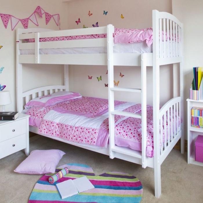 lit superposé blanc et rose pour les chambres des filles petites