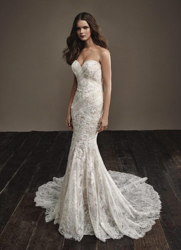 Belle robe de mariée moderne robe mariée originale coloré ou avec detail à couleur