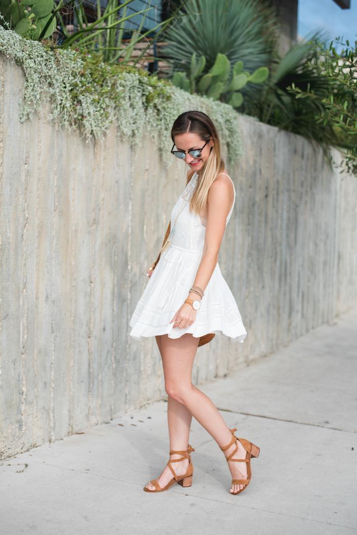 Magnifique robe fendue tenue boheme chic robe blanche dentelle boheme robe courte robe d'été sympa