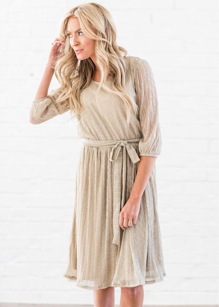 Robe pour bapteme robe rose poudré ou robe blanche tenue femme en beige
