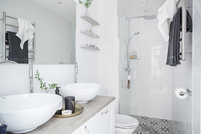 aménagement salle de bain petite surface avec double vasque et douche italienne