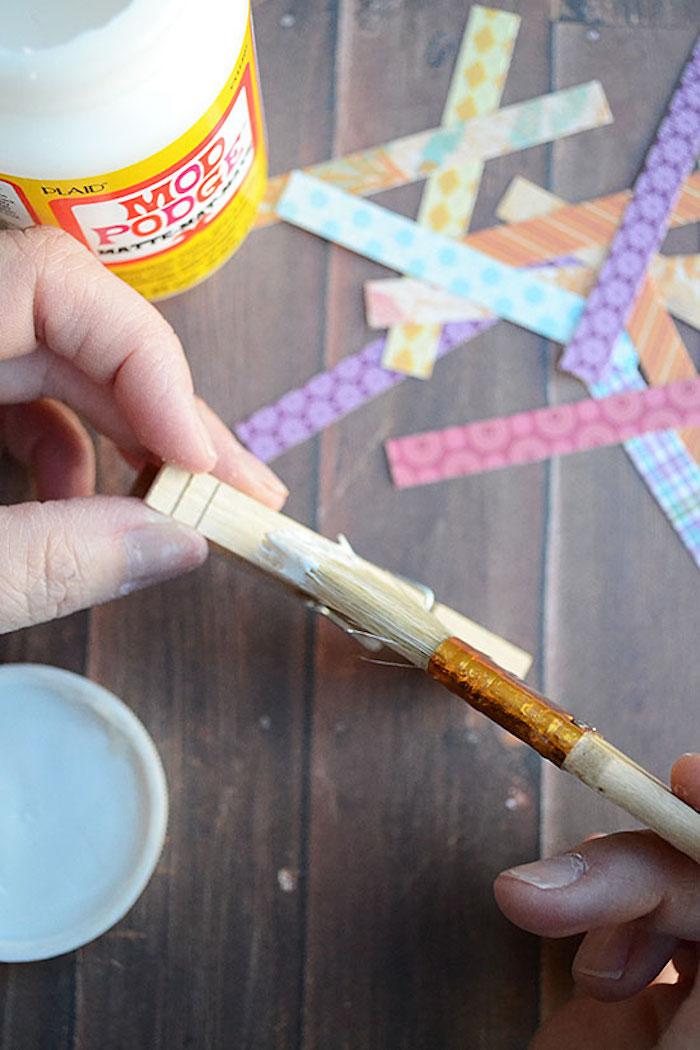 Décorer les pinces à ligne bois idée d activités manuelles 6 12 ans activité manuelle pour ado
