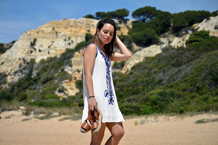Robe dentelle boheme idée quelle robe hippie chic dentelle choisir une robe ete courte femme voyager en grece tenue