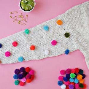 Faire des pompons et créations mignonnes pour cocooniser sa vie avec objets canons