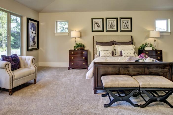deco chambre zen, tapis couleur taupe et éléments baroques dans une chambre à coucher fantastique