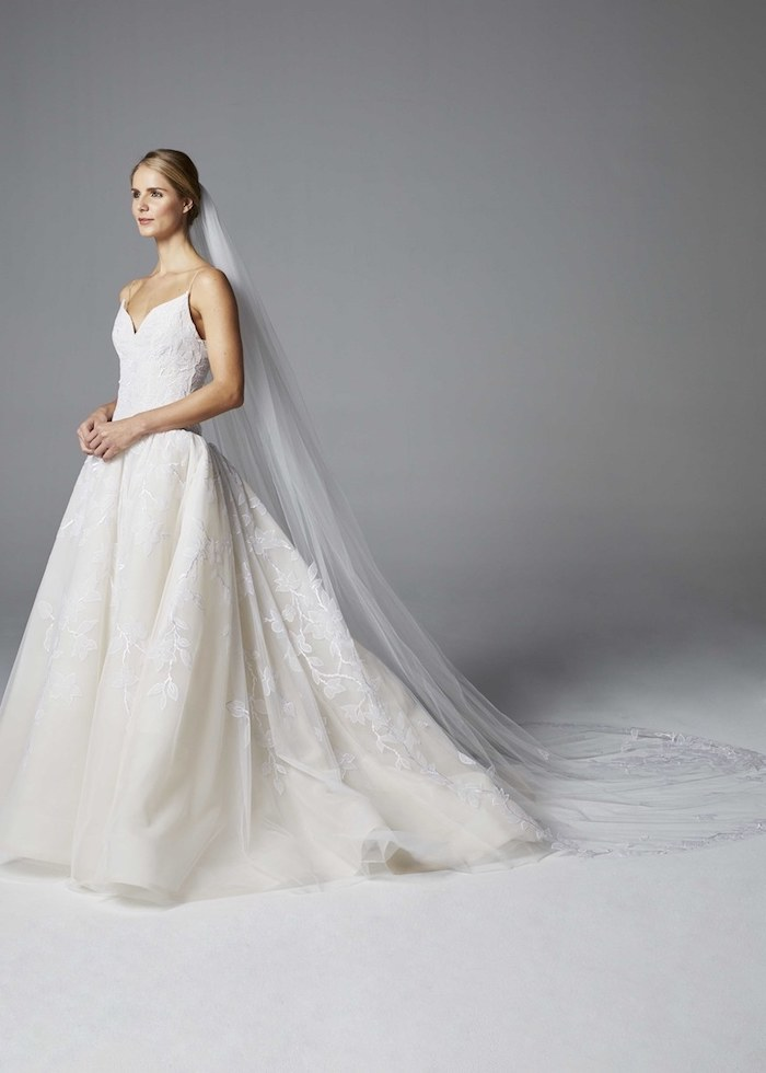 Robe de mariee hiver ou printemps robe de mariée romantique boheme chic train long dentelle robe classique magnifique
