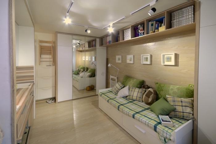 idée comment aménager un studio de 20m2 en couleurs claires avec meubles blancs et bois à design multifonction