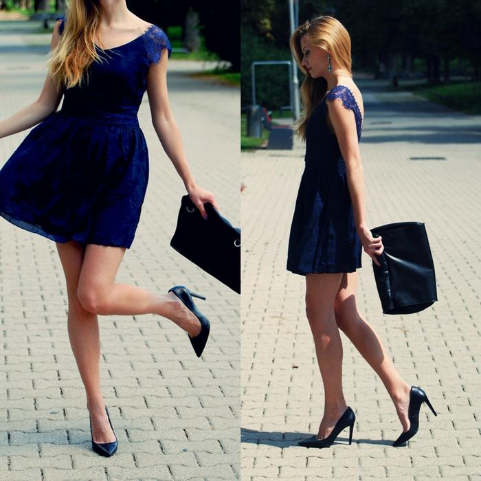 robe de cocktail courte, robe bleu navy, robe très courte avec décolleté coeur et dos dénudé avec dentelle