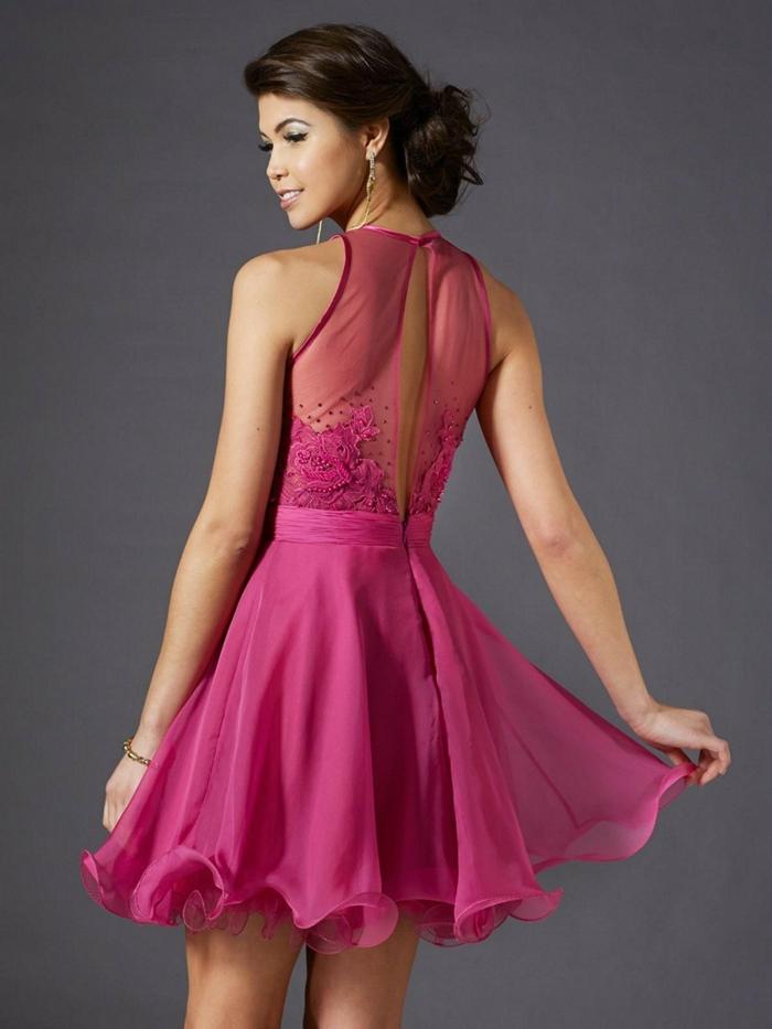 robe rose chic avec dos en tulle, jupe corolle, jolie découpe au dos, robe de bal pas cher