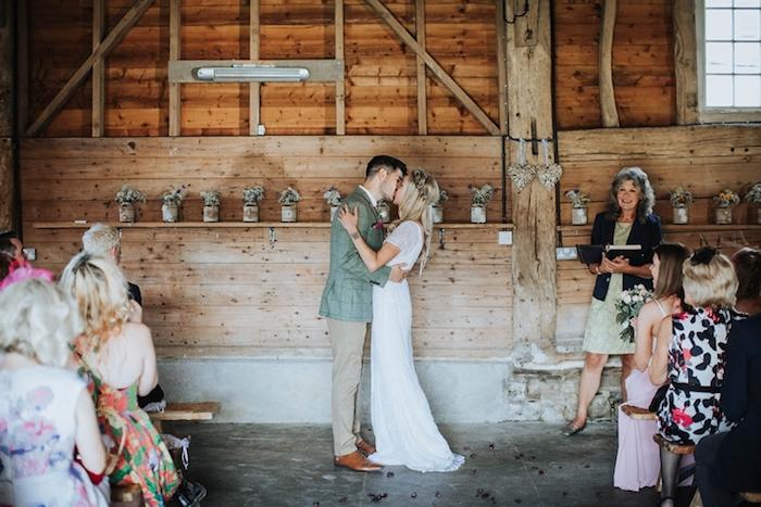 Choette robe mariage photo couple prix d une robe de mariée les mariées de rennes marque robe de mariée
