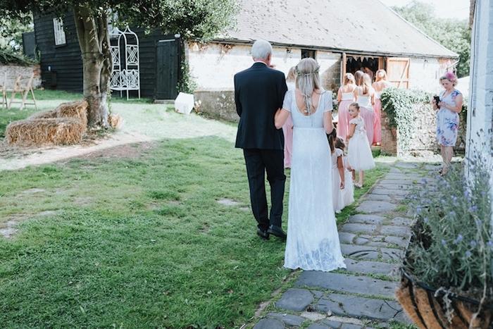 Robe de marie simple bohème tendance de cette année robe de mariée dos de la robe