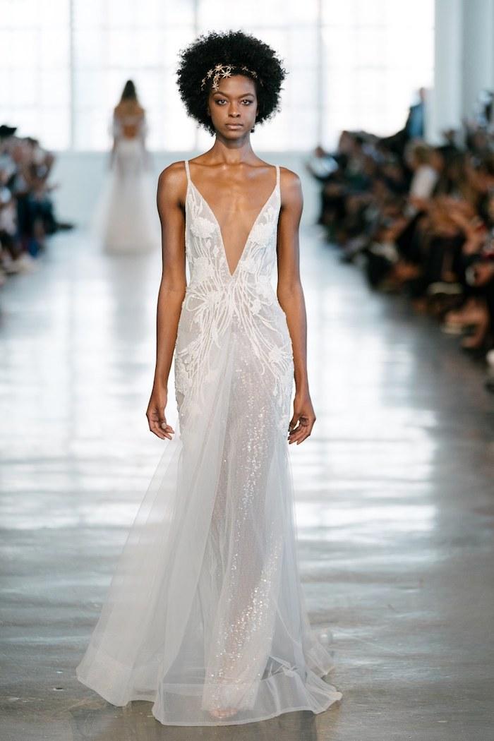 Les plus belles robes de mariée les meilleures robes de mariage femme stylée robe chic decollete plongeante