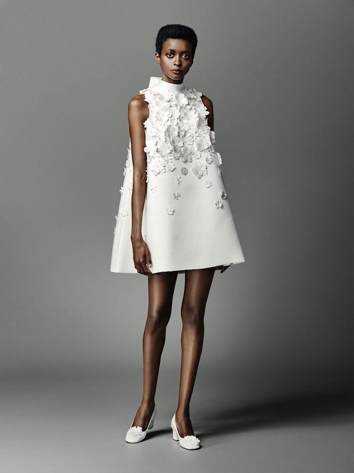 Plus belle robe de mariée femme choisir le style bohème chic pour son mariage trapeze robe courte