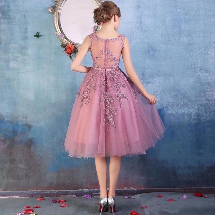 comment s'habiller pour un cocktail, robe soirée dentelle, robe couleur violet