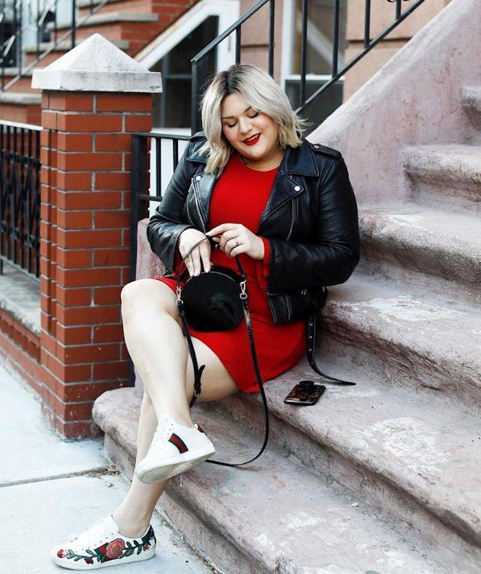 Basket blanche femme swag tenue femme moderne tendance baskets robe rouge veste cuire femme stylée