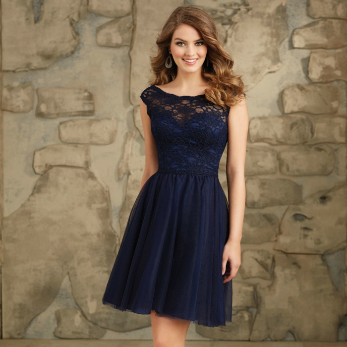 robe bleue, partie supérieure en dentelle, robe soirée pas cher, jupe plissée
