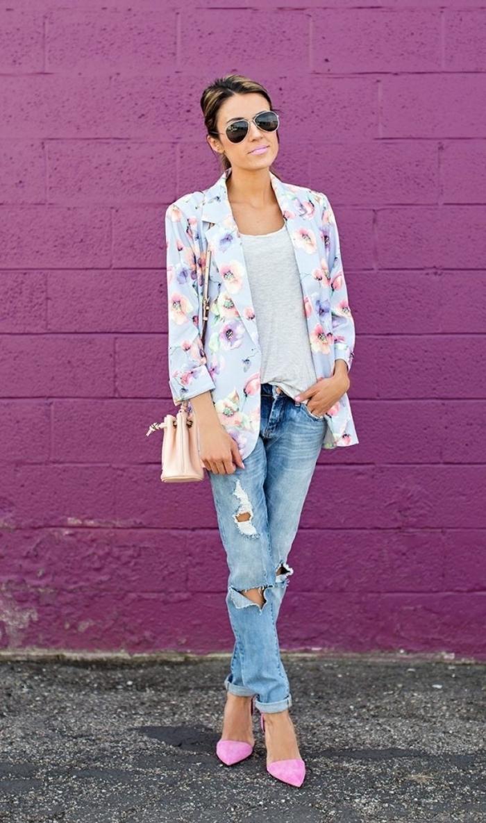 idée comment combiner les couleurs pastel dans sa tenue chic, modèle de chaussures à bout perçant de couleur rose