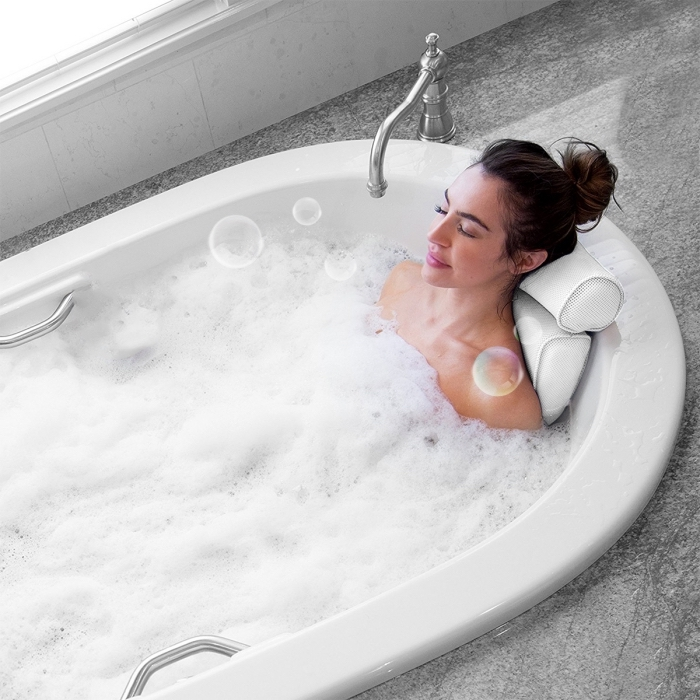 prendre une salle de bain dans sa baignoire, repos tête pour baignoire comme un cadeau idéal pour femme