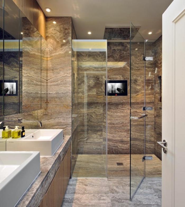 jolie salle de bain en dallage pierre authentique, cabine de douche en verre, deux vasques recyangulaires
