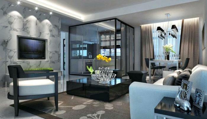 idee deco salon et peinture salon gris, table basse noire, canapé gris clair, plafonnier baroque, rideaux taupe