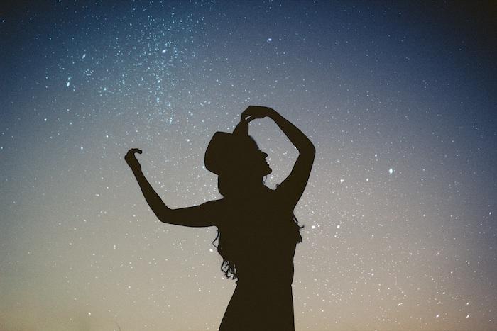 Fond d'écran paysage wallpaper fond d'écran fond d'écran pour fille silhouette à nuit etoille