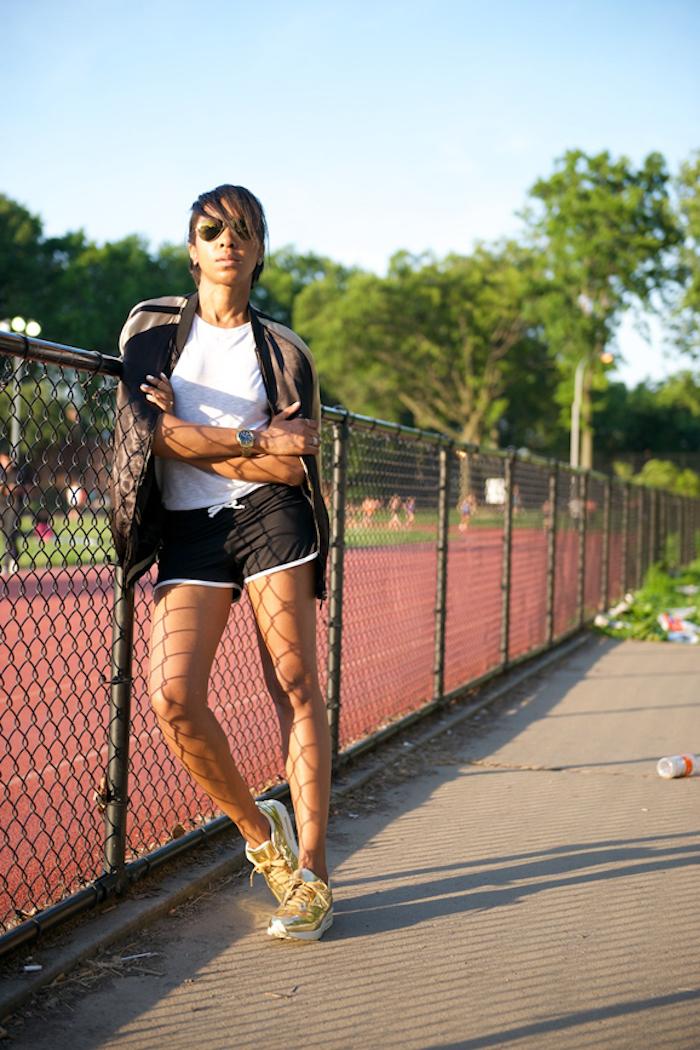 Cool tenue basket femme compensée quelles chaussures sport avec tenue décontractée chaussure tennis jaune