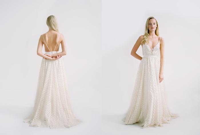 idée de robe de mariée bohème chic coupe droite dos nus et bretelles fines, motif pois blancs et ivoire