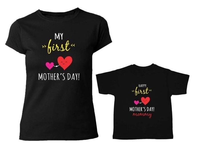 cadeau en deux pièces en forme de t-shirts personnalisés de couleur noire avec mots doux et design mignon pour la fête des mères