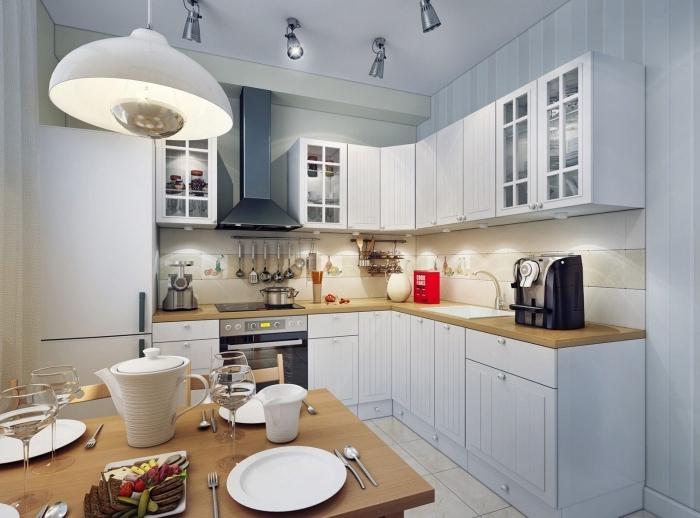 comment aménager une cuisine en L avec meubles bas et haut en blanc et verre, modèle de plan de travail en bois