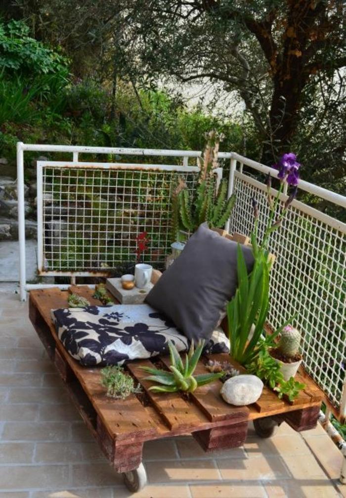 1001 id es pour des meubles de jardin en palettes for Plante decorative jardin